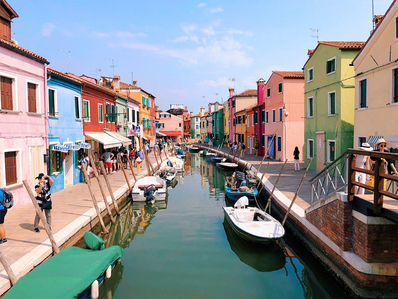 Burano-es-la-isla-mas-colorida,-que-conocer-en-Venecia,-que-ver-en-Burano